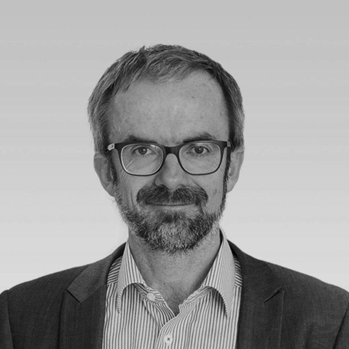 Dr. Stefan Schiel